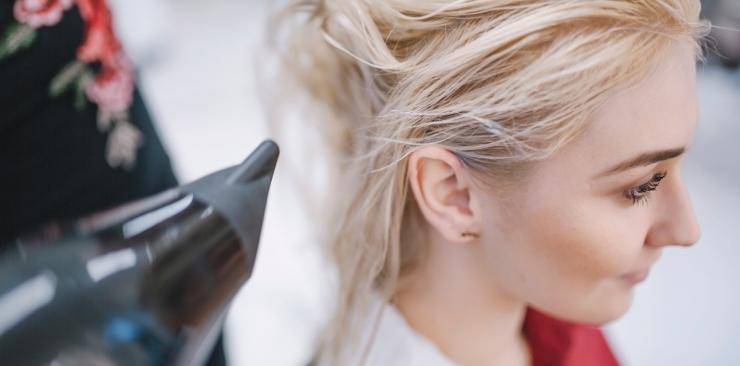 Przyczyny nadmiernego wypadania włosów u kobiet