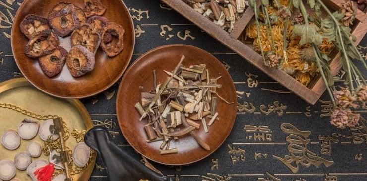 Żeń-szeń koreański. Ekstrakt z korzenia żeń-szenia koreańskiego (Panax ginseng)