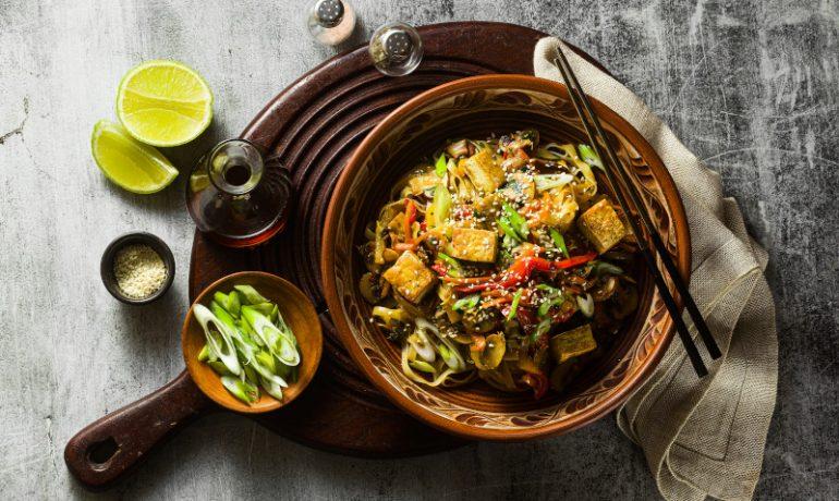 Dieta wegańska – czy człowiek może jeść tylko rośliny?